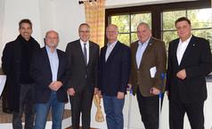 Innenminister Beuth zu Besuch beim TV Köppern