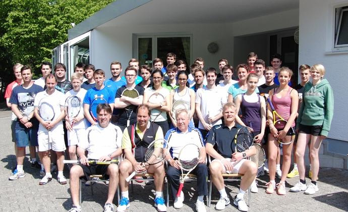 Erneut ausgebuchte Tennisassistentenlehrgänge beim HTV