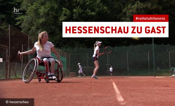 Im Rollstuhl über den Tennis-Court